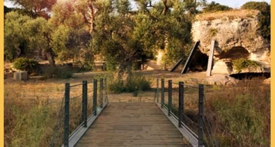 trekking archeologico e Chiese rupestri Puglia