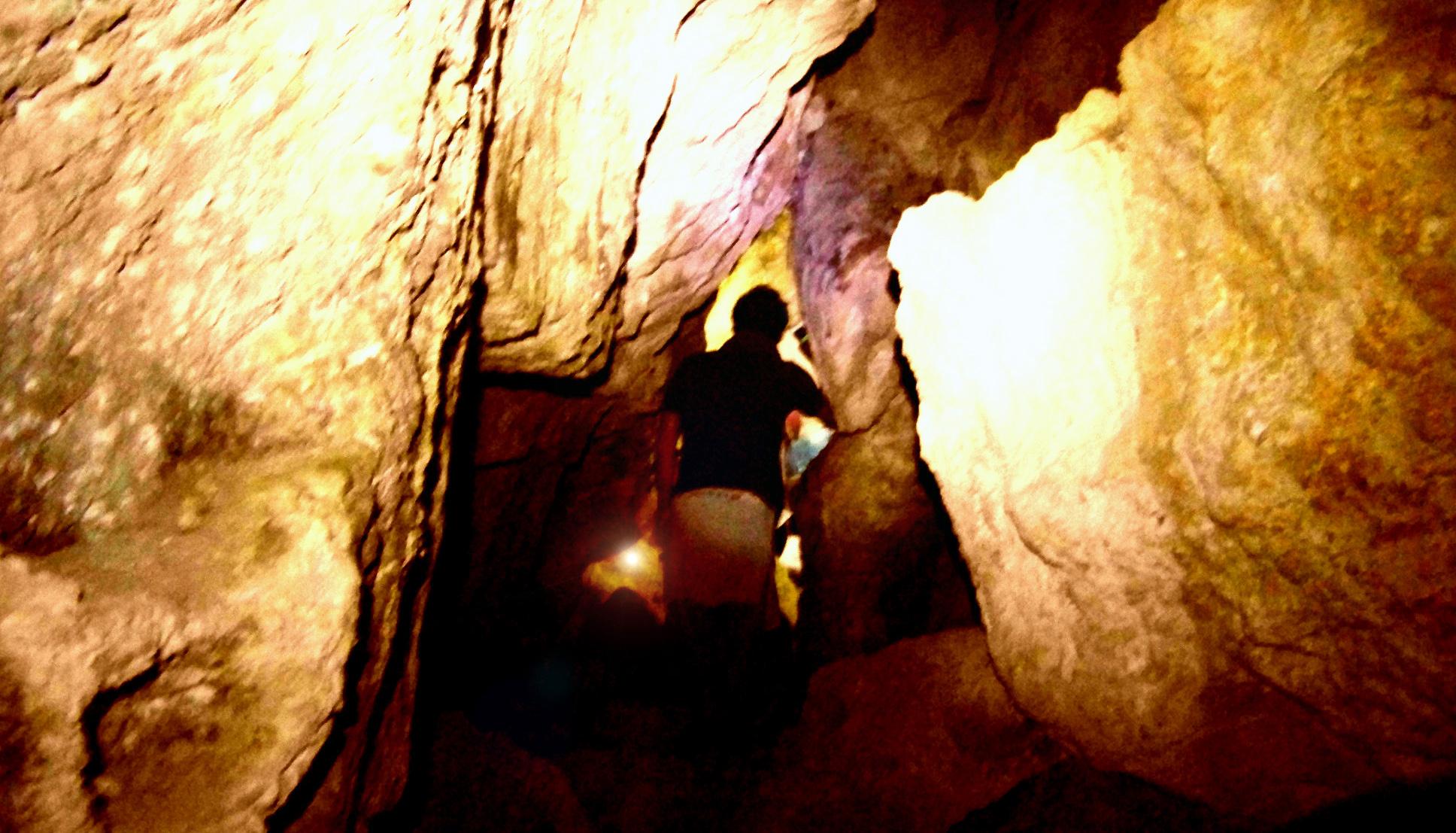 speleo trekking escursioni grotte puglia www.pugliavventura.com