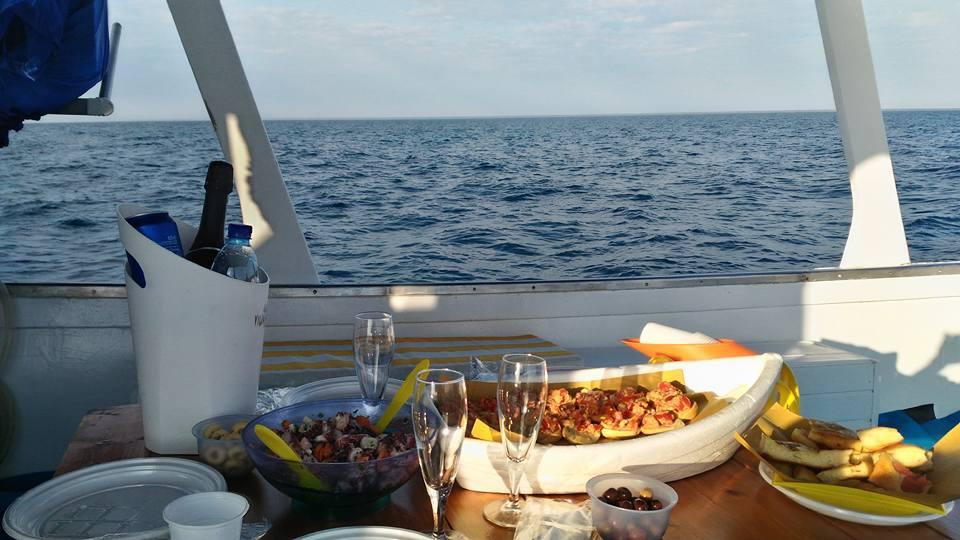 pranzo gita mare puglia
